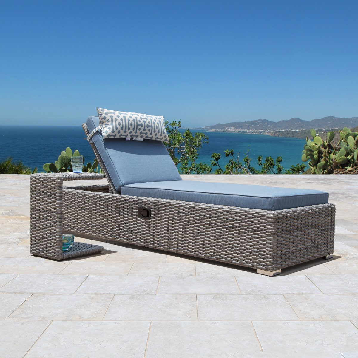 Sirio Niko Chaise Lounge Chair With Side Table In Slate Star