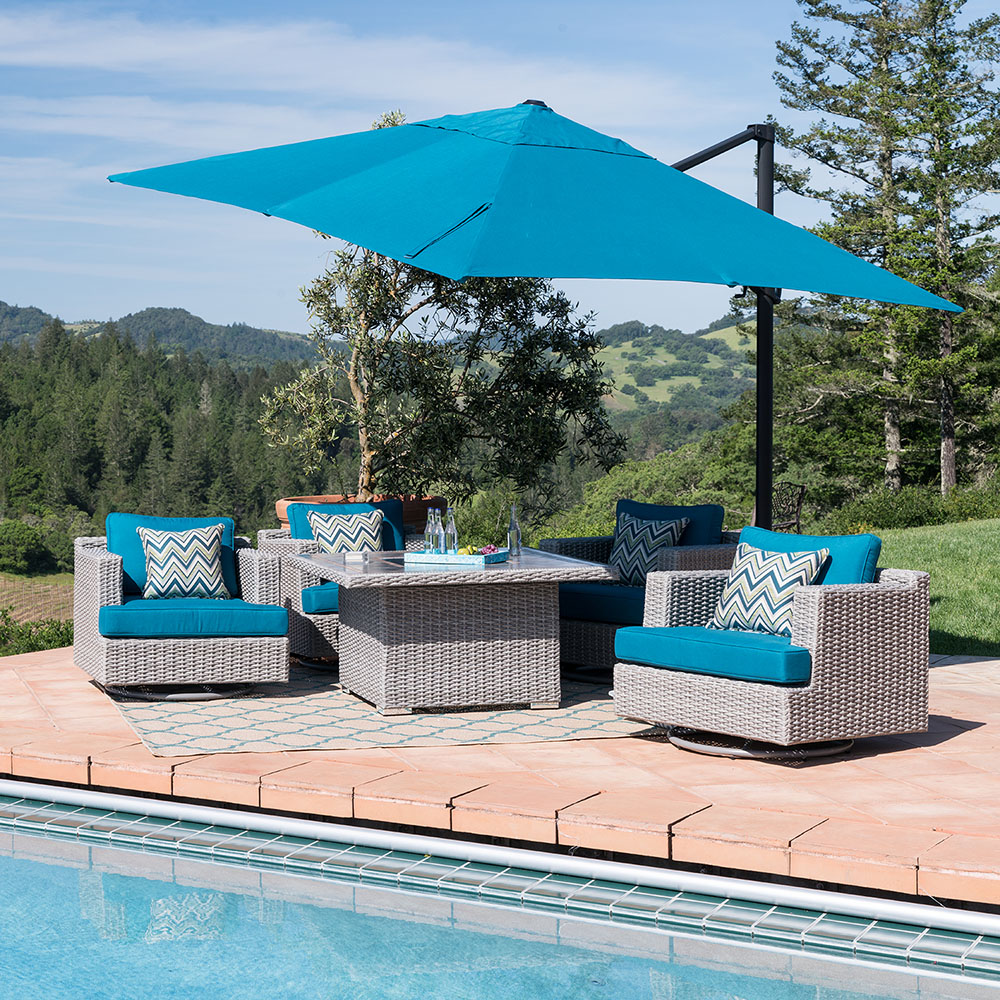 Outdoor Entertainment Space with Patio Umbrella