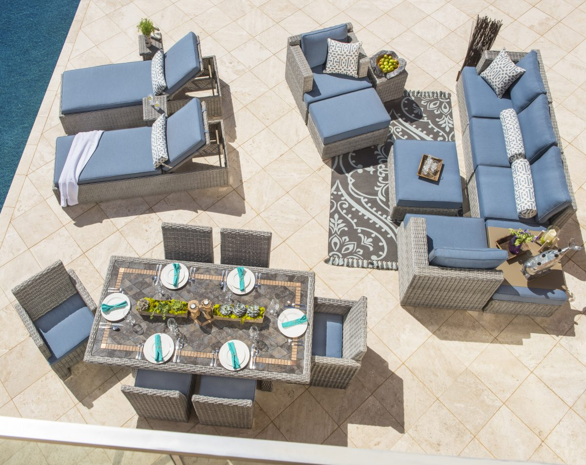 how to arrange patio furniture