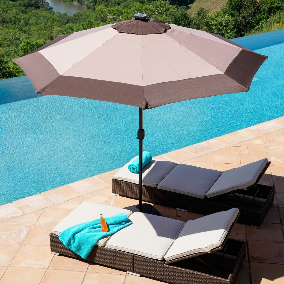 poolside furniture ideas - patio umbrella