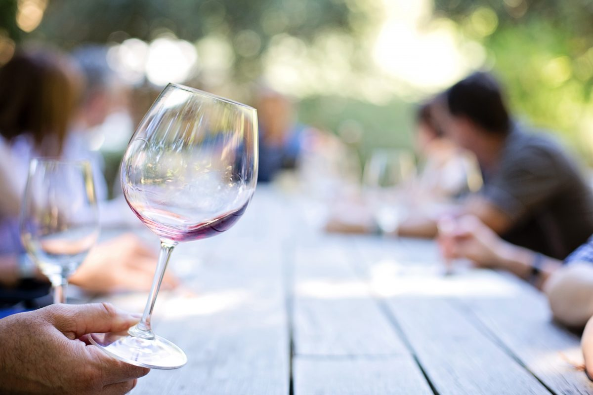 how to host a fall wine tasting party