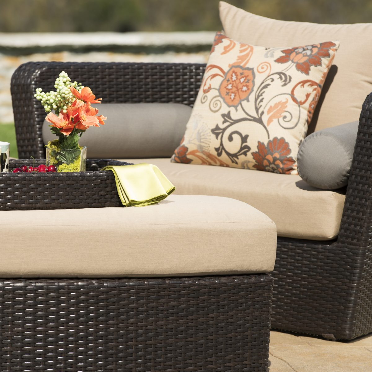 when is it time to replace your outdoor patio furniture