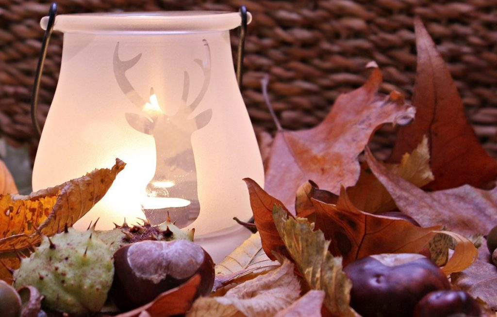 fall outdoor party ideas - autumn party decor