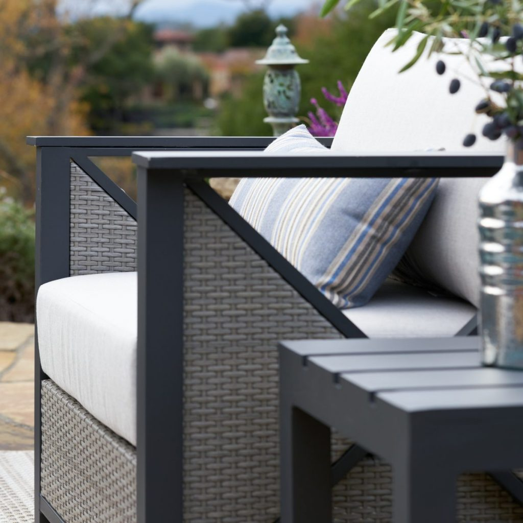 patio trends - metal framing